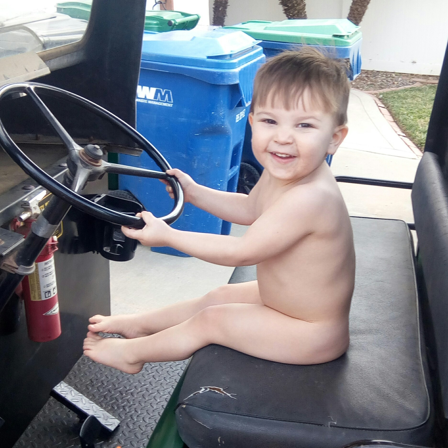 naked toddler car theft freedom